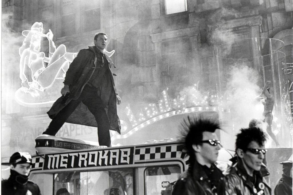 Blade Runner, Pa asmeni skrejošais