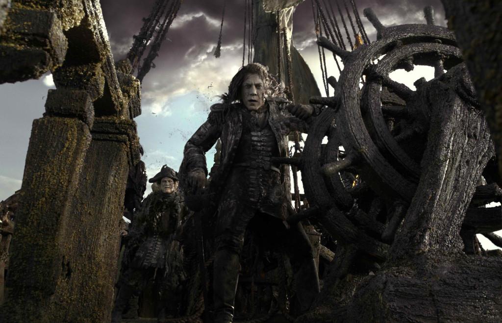 Pirates of the Caribbean: Salazar's Revenge, Karību jūras pirāti: Salazara atriebība