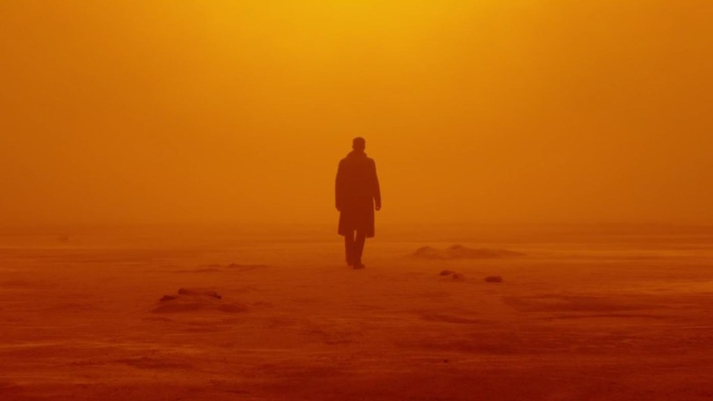 Blade Runner 2049, Pa asmeni skrejošais 2049